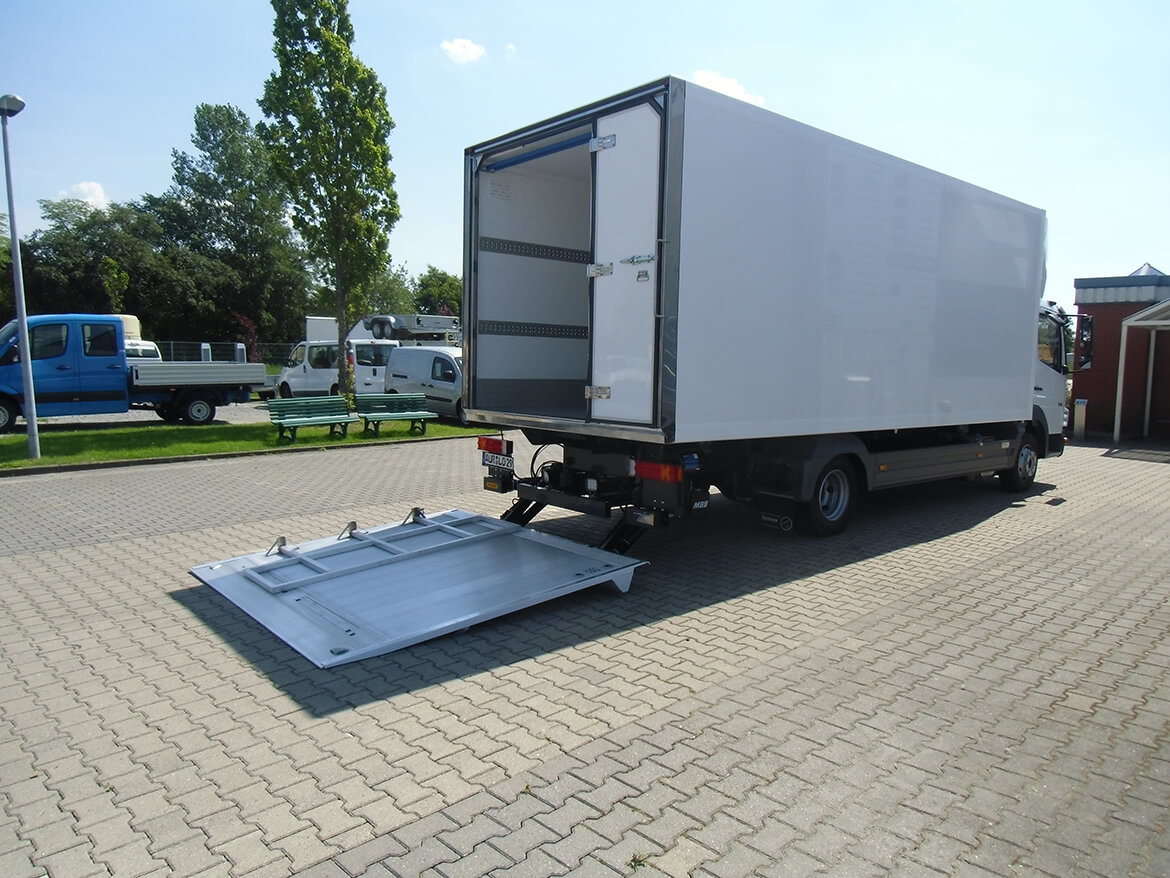 Atego Koffer Thermo Backwaren (12)