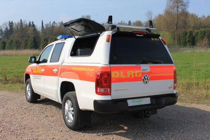 DLRG Fahrzeug Schoon Hardtop Blitzleuchten Seilwinde Dachträger Anhängekupplung (1)