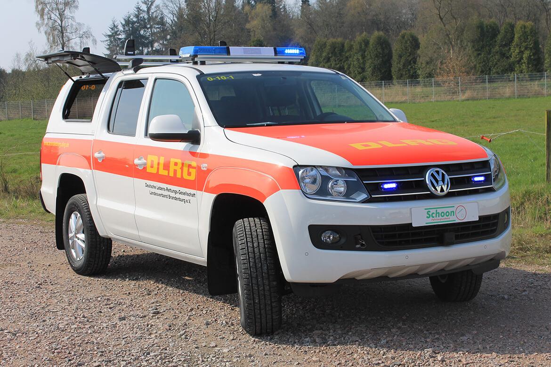 DLRG Fahrzeug Schoon Hardtop Blitzleuchten Seilwinde Dachträger Anhängekupplung (2)
