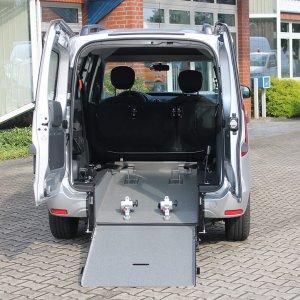 Dacia Dokker Mit Schoon Heckausschnitt (2)