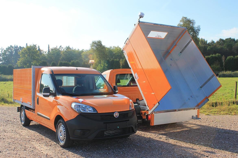 Fiat Doblo als Abfall und Strassenreinigung mit Schoon Kipper, Bordwandaufsatz, Lackierung (1)