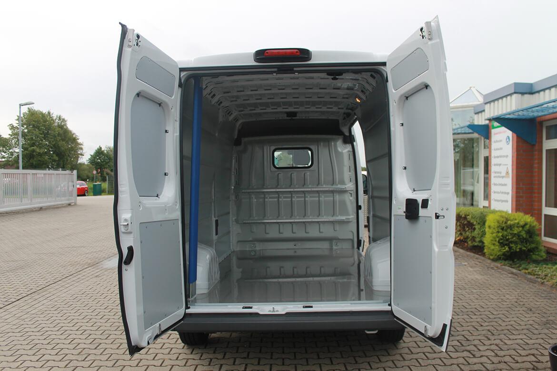 Fiat Ducato (Citroen Jumper, Peugeot Boxer)Kastenwagen mit Schoon Easy Clean