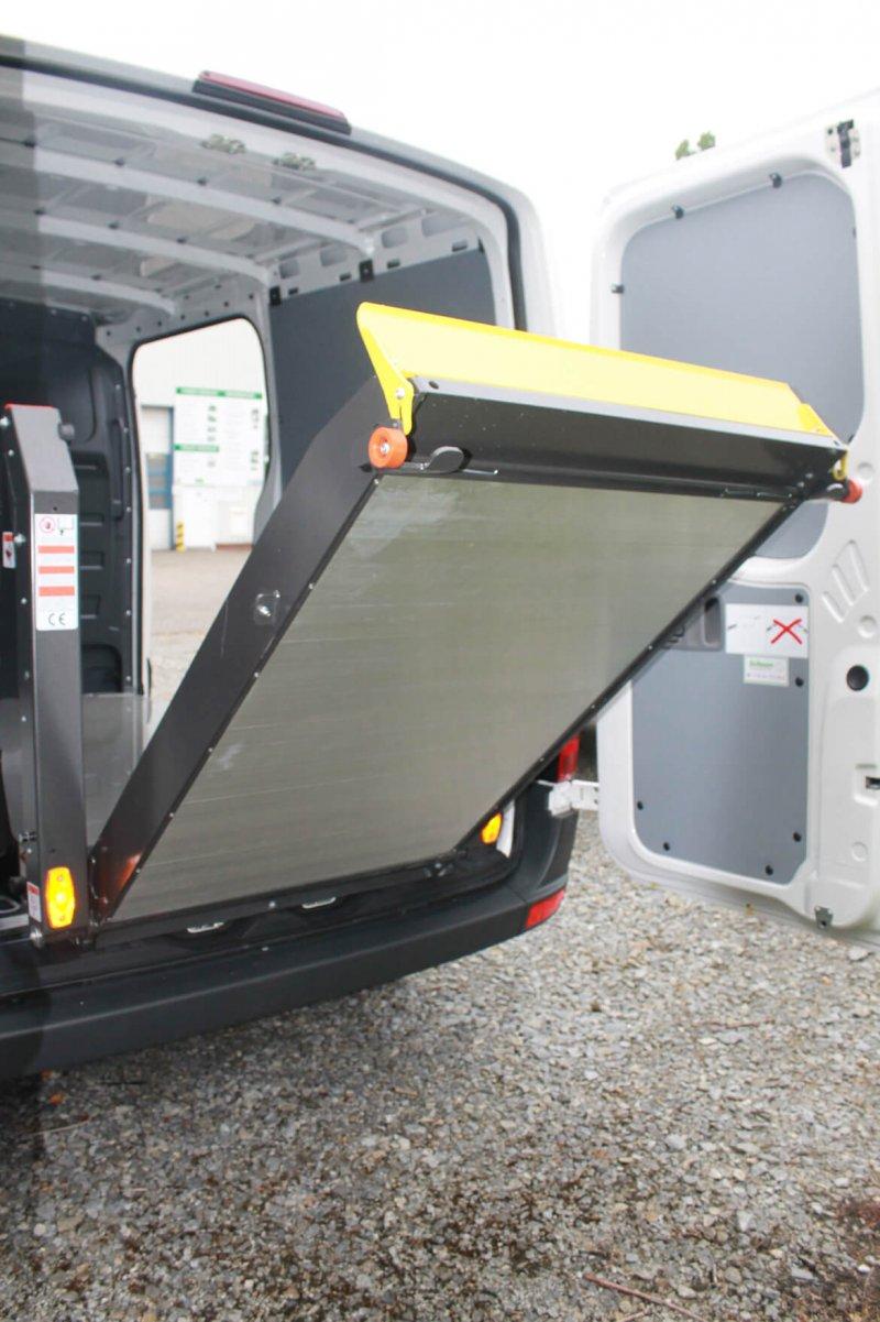 Kastenwagen Mit Schoon Easy Clean Und Linearlift (3)