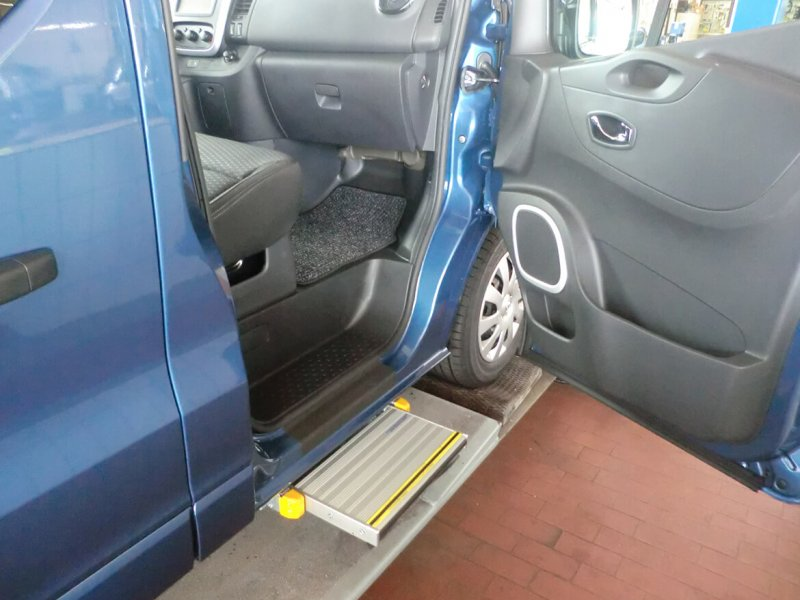 Mechanische Trittstufe An Der Beifahrertür