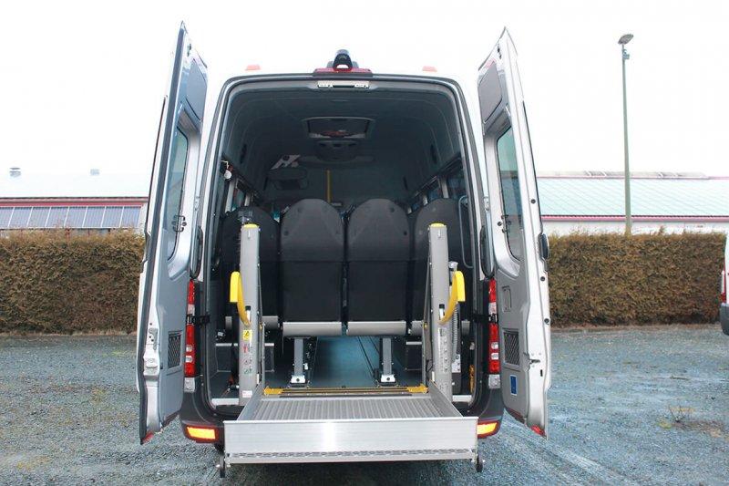 Mercedes Benz Sprinter Busumbau Mit Schoon Linearlift (2)