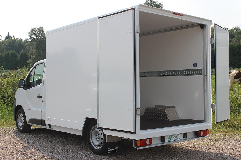 Opel Vivaro mit Schoon Tiefrahmen Koffer