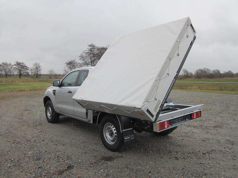 Pickup mit Schoon Kipper, Bordwandaufsatz, Flachplane mit Spannseil und Netzhaken