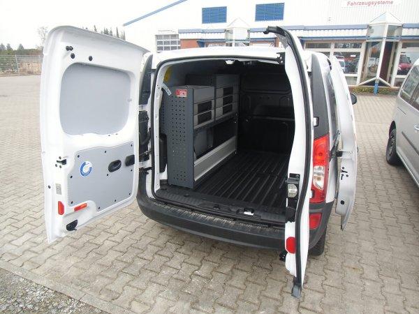 Renault Kangoo mit Schoon Werkstattwagen, Innenausbau, Servicefahrzeug EWE Anschluss, Anhängekupplung (1)