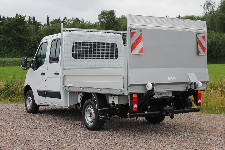 Renault Master mit Schoon Pritsche, Stirnwandgitter, Ladebordwand LBW