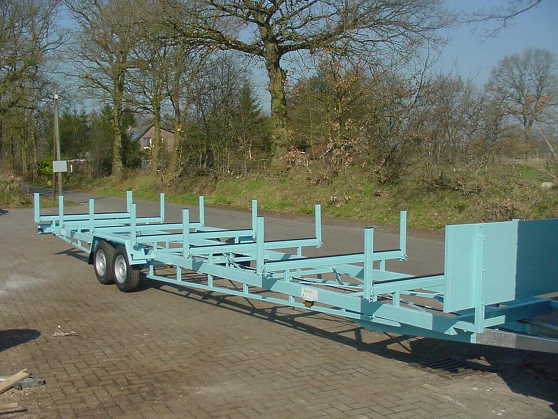 Rohrtransporter, Langmaterial Anhänger für z.B. 12 Meterlange PU Rohre, Masten