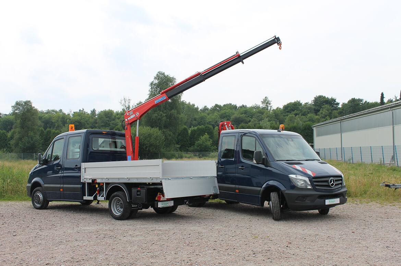 Schoon Baustellenfahrzeuge für den Kommunalbetrieb mit Schoon Pritsche und Kranaufbau