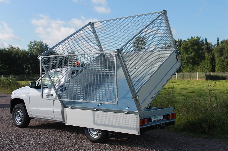Schoon Drei Seiten Kipper mit Laubgitteraufsatz für Pickup
