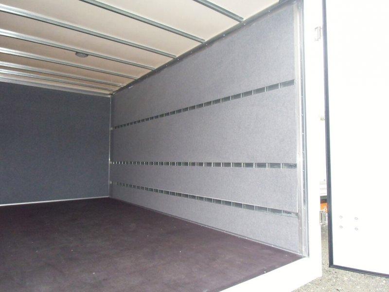Schoon Koffer Aufbau Mit Nadelfilzverkleidung (1)