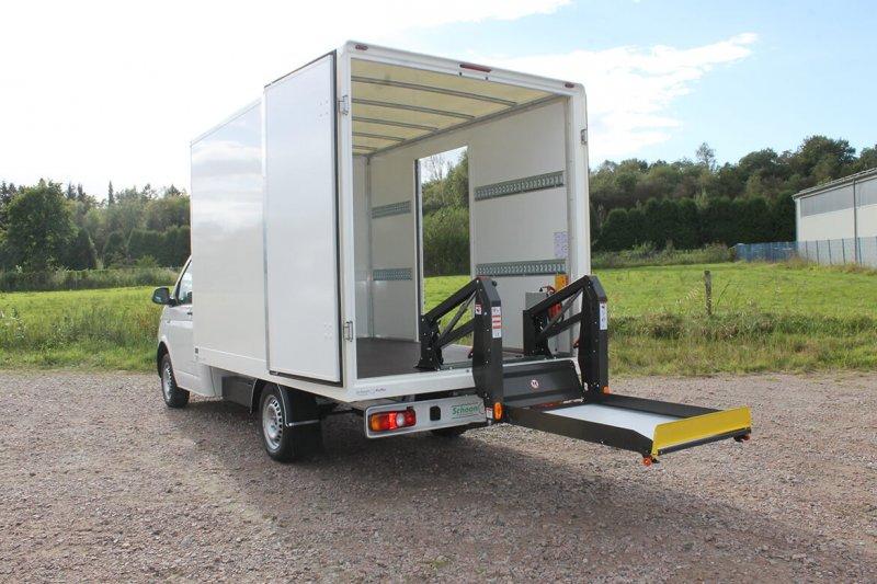 Schoon Koffer Mit Linearlift Im Heckbereich (2)