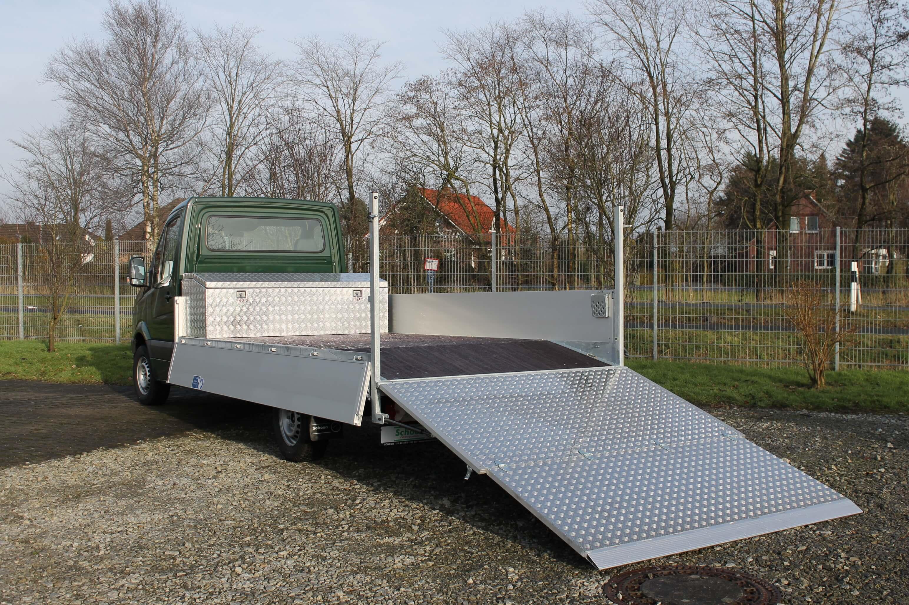 Schoon Pritsche mit geteilter Auffahrrampe, Maschinentransporter (4)