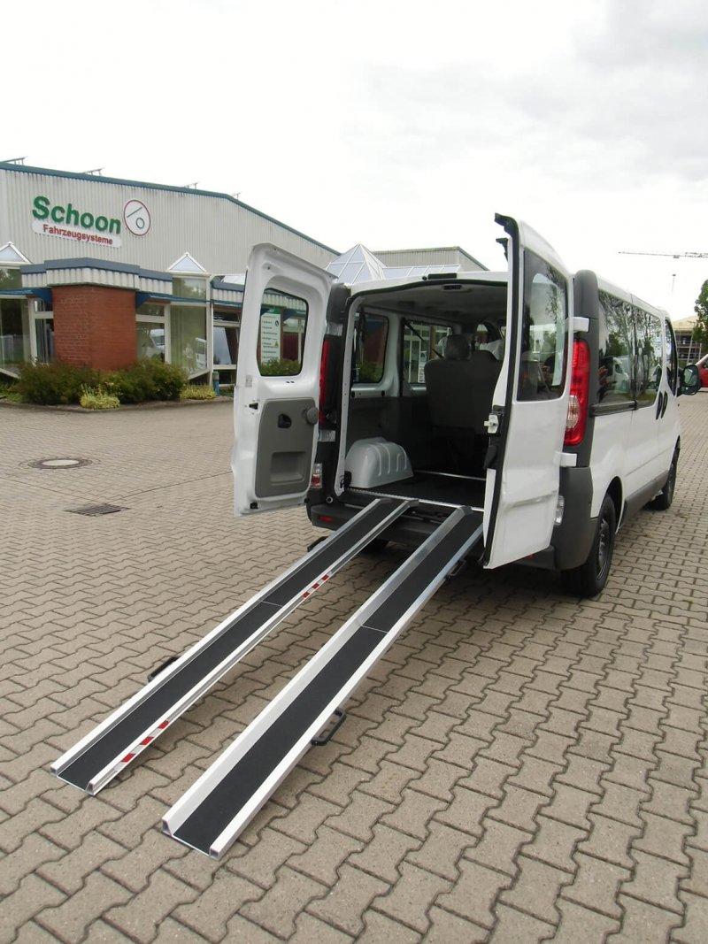 Schoon Rollstuhlschienen Typ Falt Für Opel Vivaro, Renault Trafic, Nissan NV300 Und Fiat Talento