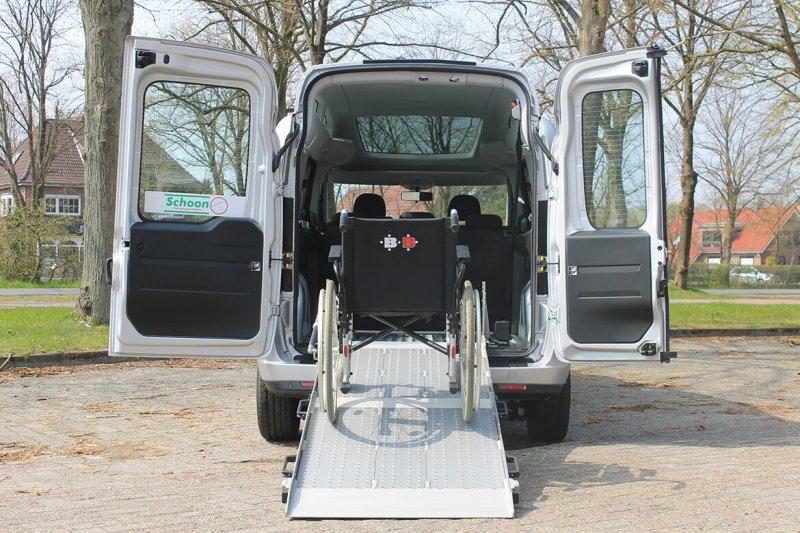 Schoon Zertifizierter Rollstuhlumbau Mit BIG Rollstuhlrampe Für Opel Combo