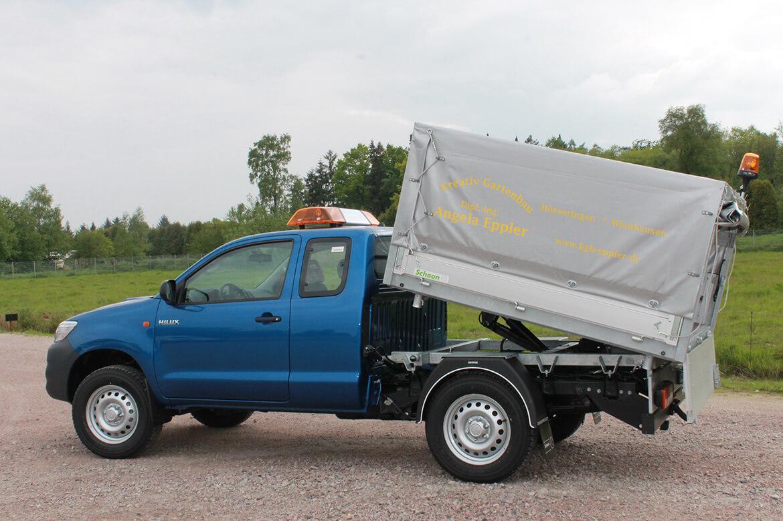 Toyota Hilux Extra Cab mit Schoon Kipper, Plane Spriegel, Blitzbalken, Rundumkennleuchten