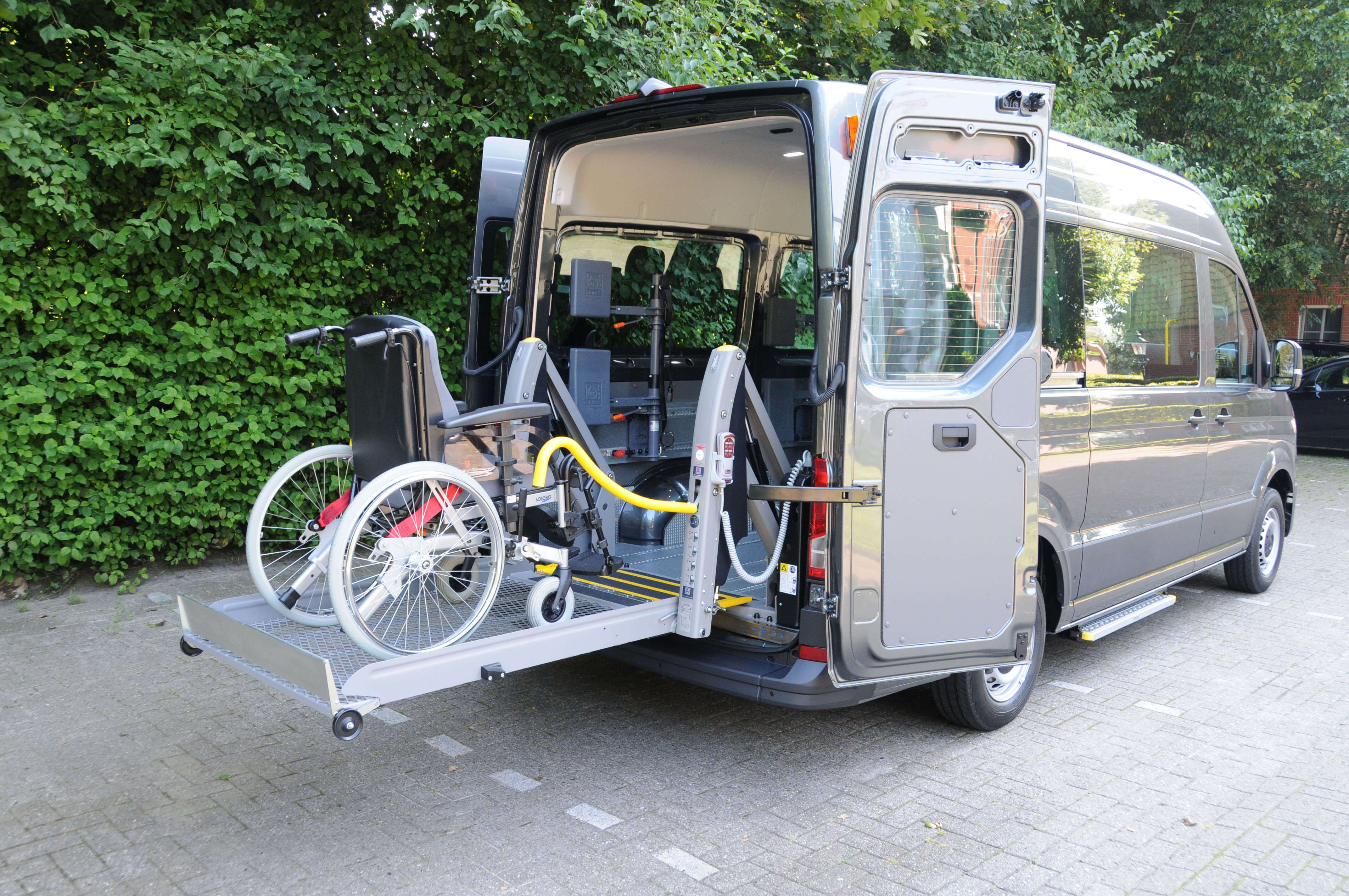 VW Crafter mit Linearlift (2)