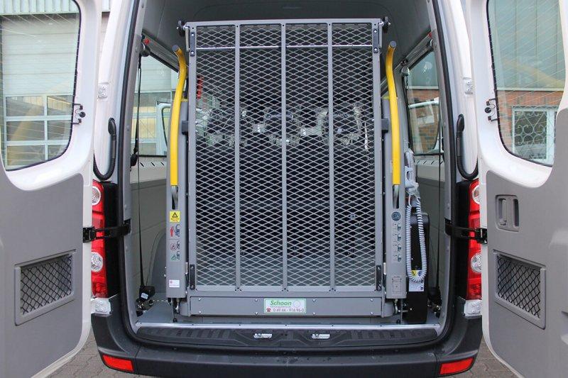 Volkswagen Nutzfahrzeue Crafter Mit Schoon Busumbau Und Linearlift