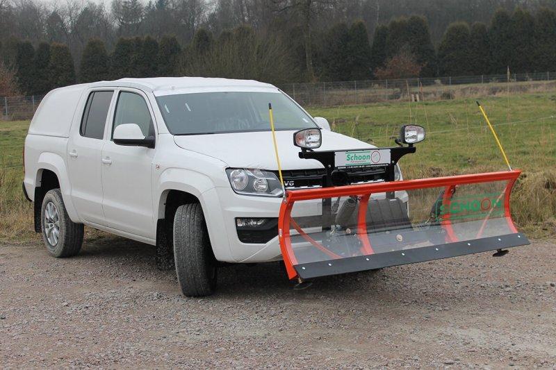 Volkswagen Nutzfahrzeuge Amarok V6 Mit Schoon Hardtop Und Schneeschild