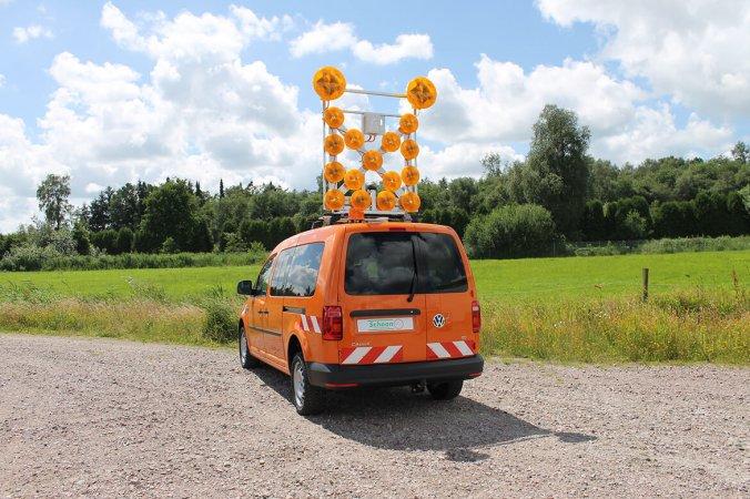 Volkswagen Nutzfahrzeuge Caddy Maxi mit Schoon Blinkpfeilanlage (3)