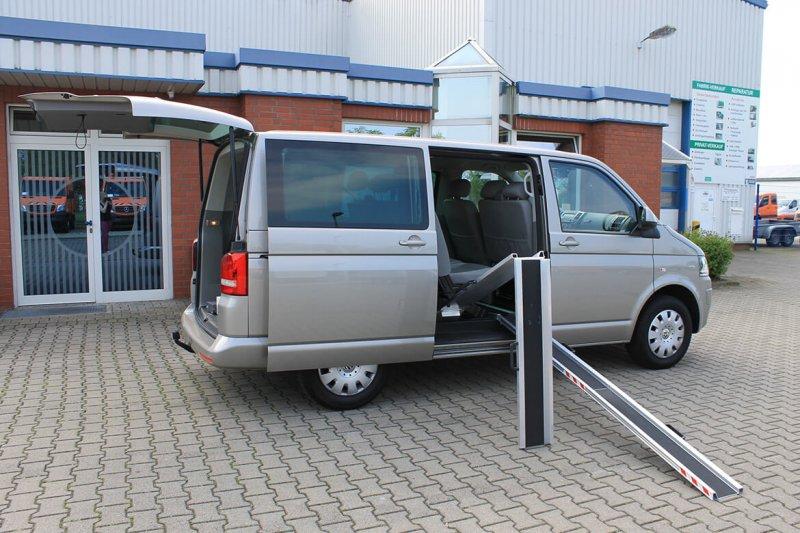 Volkswagen Nutzfahrzeuge Transporter Mit Schoon Rollstuhlschienen Typ Falt