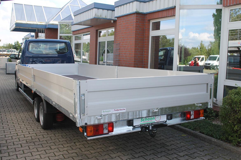 Volkswagen Transporter Zugkopf mit AL KO Chassis und Schoon Pritsche extra lang (2)