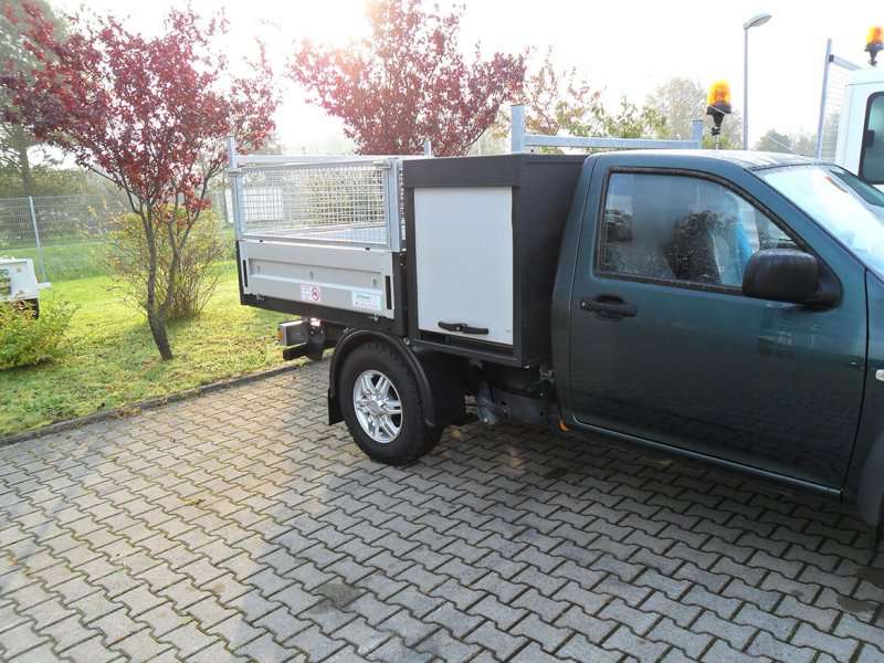 Werkzeug Und Gerätekasten Mit Rollo Für Pickup